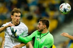 Ukraine Lose To Germany In Nations League After Goalkeeper Blunder Goals From Ginter Goretzka