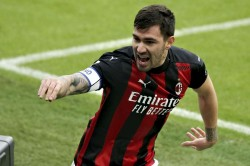 Milan Fiorentina No Zlatan Ibrahimovic No Problem For Serie A Leaders