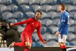 Rangers Benfica Europa League Report Scott Arfield Kemar Roofe Strikes Not Enough