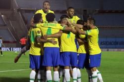 Uruguay Brazil Arthur Richarlison Tite Perfect