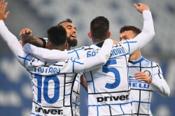 Sassuolo 0 3 Inter Inter Capitalise On Calamitous Defending To Go Second In Serie A