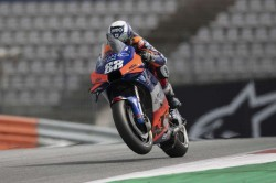 Motogp 2020 Oliveira Feels Right At Home In Portugal As Mir Struggles