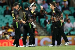 India Vs Australia 3rd T20 Virat Kohli S Fight Not Enough As Aussies Register 12 Run Win