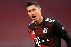 Robert Lewandowski Reacts The Best Fifa Mens Player