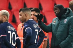 Psg V Istanbul Basaksehir Called Off Following Allegations Of Racism Champions League Resumption Wednesday