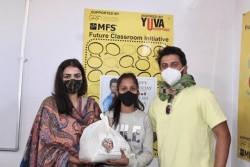 Suresh Raina And Wife Priyanka Raina Play Santa To Underprivileged Kids