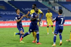 Isl 2020 21 Mcfc 1 1 Cfc Mumbai Blunder Gifts Late Equaliser To Chennaiyin For A Crucial Point
