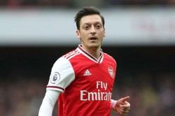 Mesut Ozil Hints Imminent Fenerbahce Move Reports Arsenal Exit Agreement