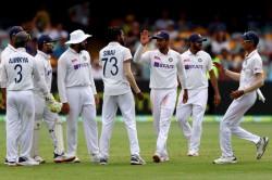 India Vs Australia 4th Test Day 4 Siraj Shardul Hunt In Pairs As Australia 243 7 Tea