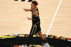 Trae Young Hawks Clippers Jazz