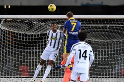 Hellas Verona Juventus Serie A Report Champions Frustrated