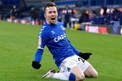 Everton 5 4 Tottenham Bernard Hero Error Strewn Fa Cup Thriller