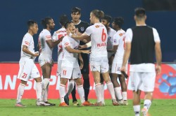 Isl 2020 21 Mumbai City Fc Vs Bengaluru Fc Chhetri Cleiton Star As Bfc Sting Mcfc With Monday Blu