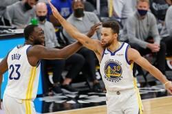 Curry Keeps Up Red Hot Streak As Warriors Scorch Spurs