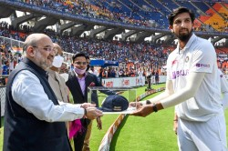 Felicitation By President Hm And Teammates Guard Of Honour Mark Ishant Sharma 100th Test