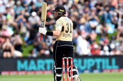 New Zealand Vs Australia Guptill Powers Up As Nz Hold Off Aussie Fightback To Win 2nd T