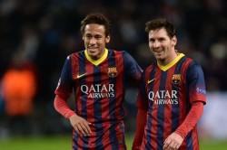 Rumour Has It Neymar Contacts Messi Over Paris Saint Germain Move