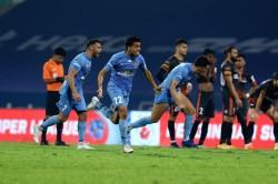 Isl 2020 21 Semifinals Mcfc Vs Fcg Mumbai Win Battle Of Nerves To Pip Goa To Historic Final