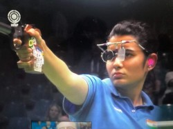 Shooting World Cup India S Yashaswini Deswal Bags Gold In 10m Air Pistol Silver For Manu Bhaker