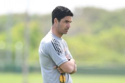 Arteta Urges Arsenal Players To Ignore Takeover Talk And Embrace Europa League Challenge
