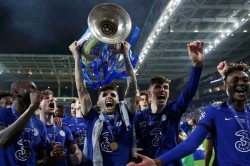 Pulisic Chelsea Star First American To Win Champions League Giroud On Kante