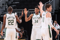 Nba Wrap Giannis Leads Bucks Into Playoffs With Nets Win Curry Breaks More Records