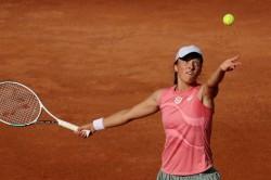 Swiatek Beats Gauff Sets Up Rome Final Against Pliskova Wta