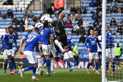 Leicester City Tottenham Foxes Miss Out On Champions League Qualification