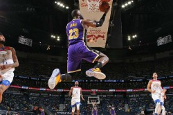 Lakers Fall Short Of Escaping Play In Tournament As Jazz Clinch Nba S Best Record And Curry Wins Sco