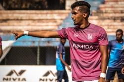 Fc Bengaluru United Midfielder Arun Kumar Keen To Don Indian Colours