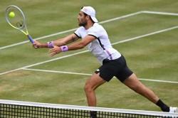 Matteo Berrettini Beats Dan Evans Queens Club Andrey Rublev Halle Open
