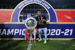 Isl Champions Mumbai City Fc Agree Three Year Extension With Pranjal Bhumij