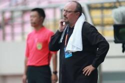 Rumour Has It Rafael Benitez Eyes Merseyside Return Everton Chelsea Match Psg Hakimi Bid