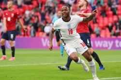 England Beat Czech Republic Sterling 1 0 Win Group D Euro
