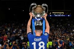 Olivier Giroud Leaves Chelsea For Milan