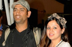 Ms Dhoni Present A Vintage Volkswagen Beetle To Wife Sakshi Dhoni As Wedding Anniversary Gift