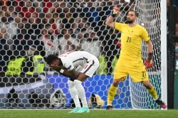 Focus On England Penalties Embarrassing Says Waddle