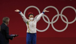Tokyo 2020 The Earrings That Brought Luck To Mirabai Chanu Was Her Mother S Sacrifice