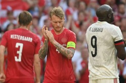Kjaer And Medics Receive Uefa Award For Saving Eriksen