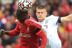 Liverpool Withstand Burnley Wrestling And Saints Slip Up Again The Premier League Weekend S Quir