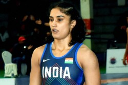 Wfi Suspends Vinesh Phogat For Indiscipline Notice Issued To Sonam For Misconduct