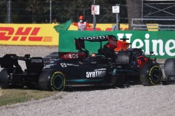 Verstappen Gets Three Place Grid Penalty For Russia After Hamilton Collision