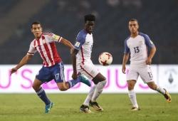 USA crush Paraguay to enter quarters