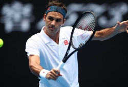 Federer maintains 2nd-round record