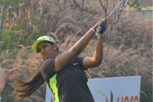 Neha and Saaniya take lead into final round