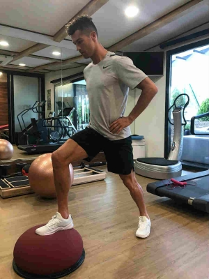 Personal chef, doctor, nutrition - the fitness team of Cristiano Ronaldo