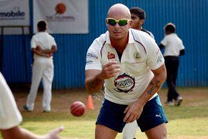 Gibbs back India, England as contenders