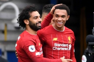 Chelsea 1-2 Liverpool: Joy of six for Klopp's men