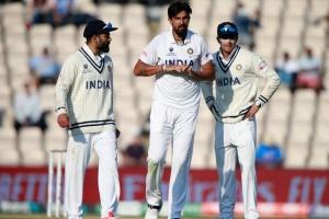 Ishant Sharma gets stitches on his right hand