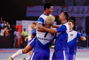 Giggs inspires Mumbai Warriors to victory